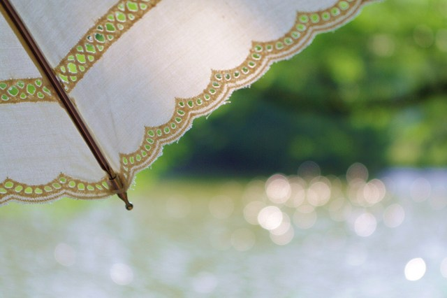 外出のお供に頼れる日傘を選ぼう