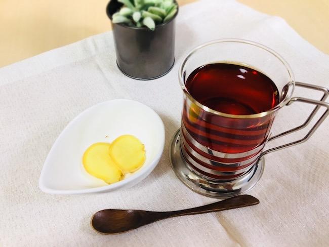 家カフェしよう – ポカポカ美味しいハニージンジャーティ