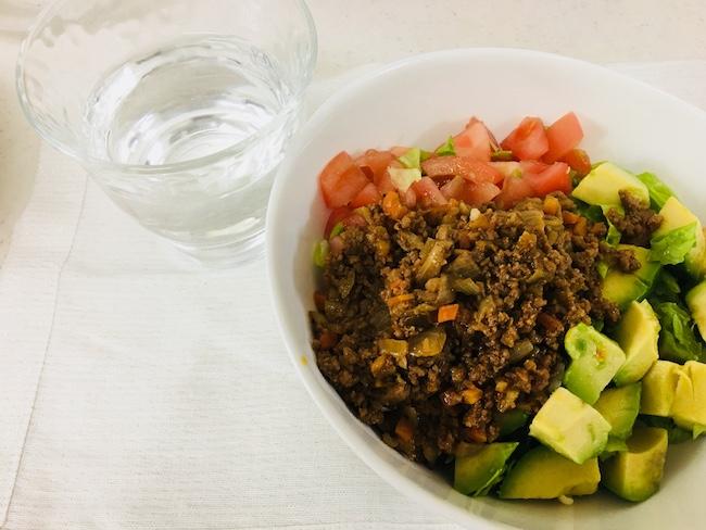 家カフェしよう – 野菜たっぷりタコライス