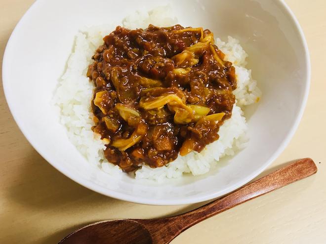 家カフェしよう – 煮込み不要のトマトひき肉カレー