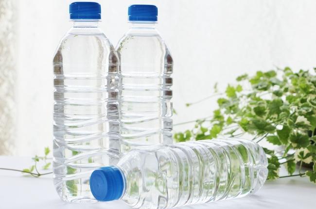 ペットボトルゴミを考える