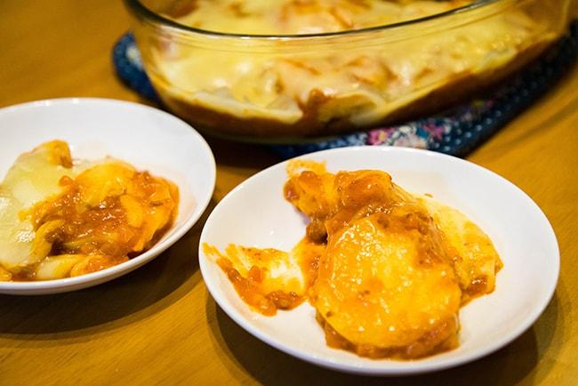 トースターを使った簡単レシピ。ジャガイモのミートソースグラタン